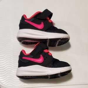 Nike Shoes - Baby Girl Nike downshifter 7 pink /black